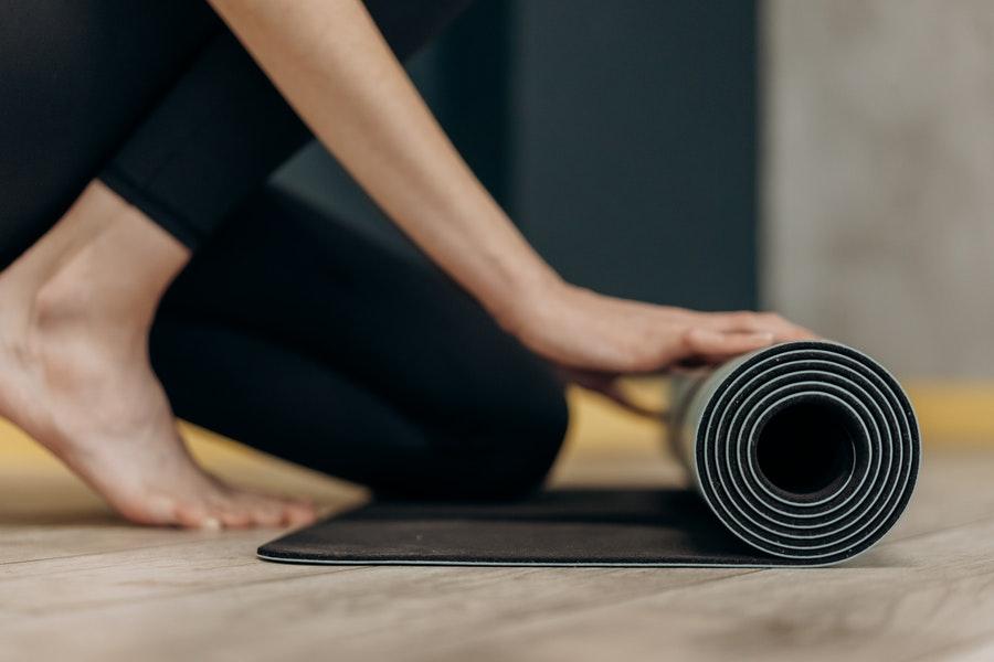 Cómo guardar tu esterilla de yoga