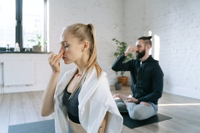 la importancia de la respiración en yoga